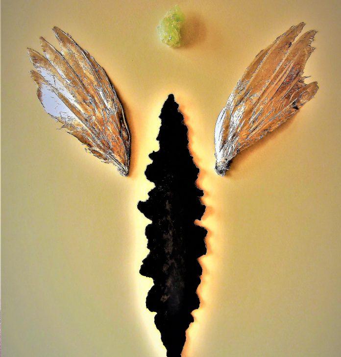 DOMENICO DIFILIPPO, Icona con ali d'ar¬gento, cm 70 x 50, tecnica mista su carta Fabriano, 2016